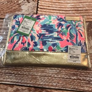 New Lilly Pulitzer Pouch